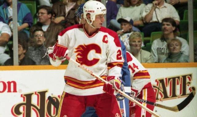 Calgary Flames' Joe Nieuwendyk scored the series clincher in double overtime of Game 6 to upend the Detroit Red Wings.    via islandersfanforum.com