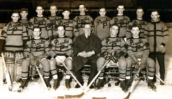 The 1925-26 Pittsburgh Pirates (via pittsburghhockey.net)