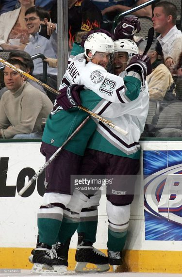 The duo of ____ McDonald and _____ Selanne combined for 25 points as the '05-'06 Mighty Ducks swept the '19-'20 Bulldogs. (via Ronald Martinez/Getty Images)