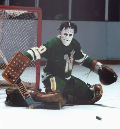 A combination of the great flow and the great goalie masks of the '70s, well done Manny. (via myhockeycardobsession.com)